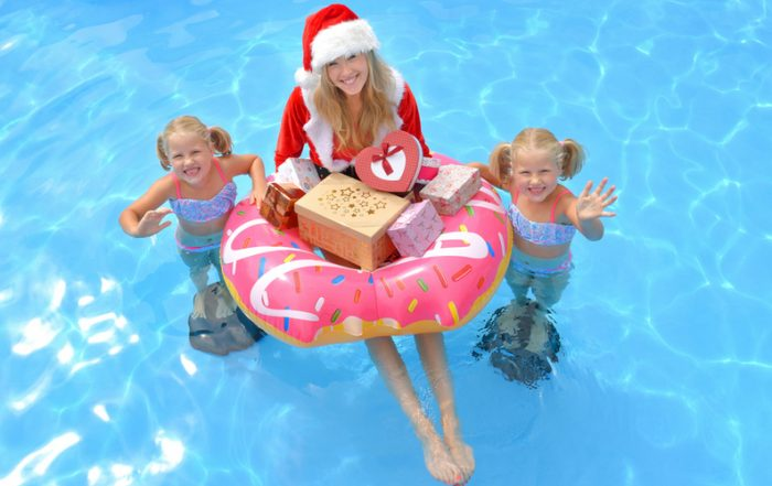 pool holidays Sarasota