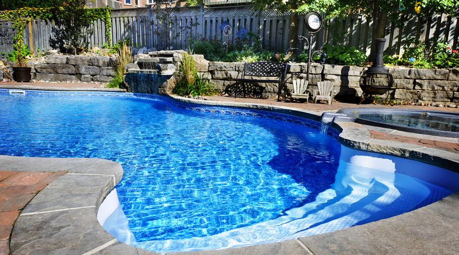 How Spacious Should Your Swimming Pool Patio Be?-Sarasota Pool