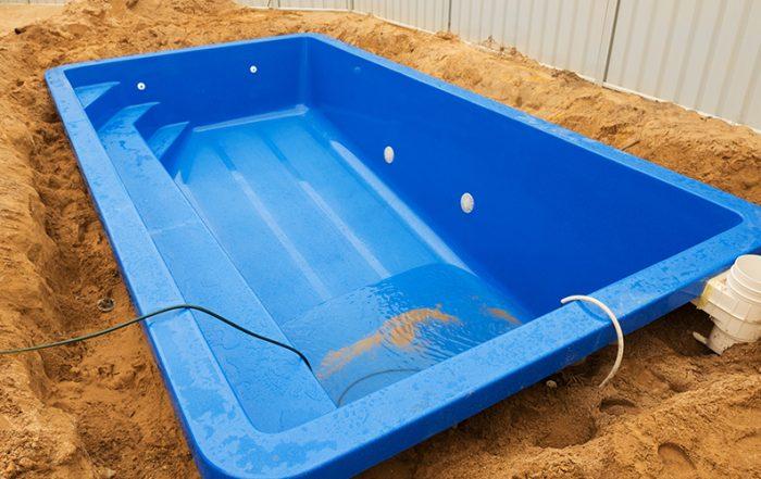 fiberglass pool maintenance